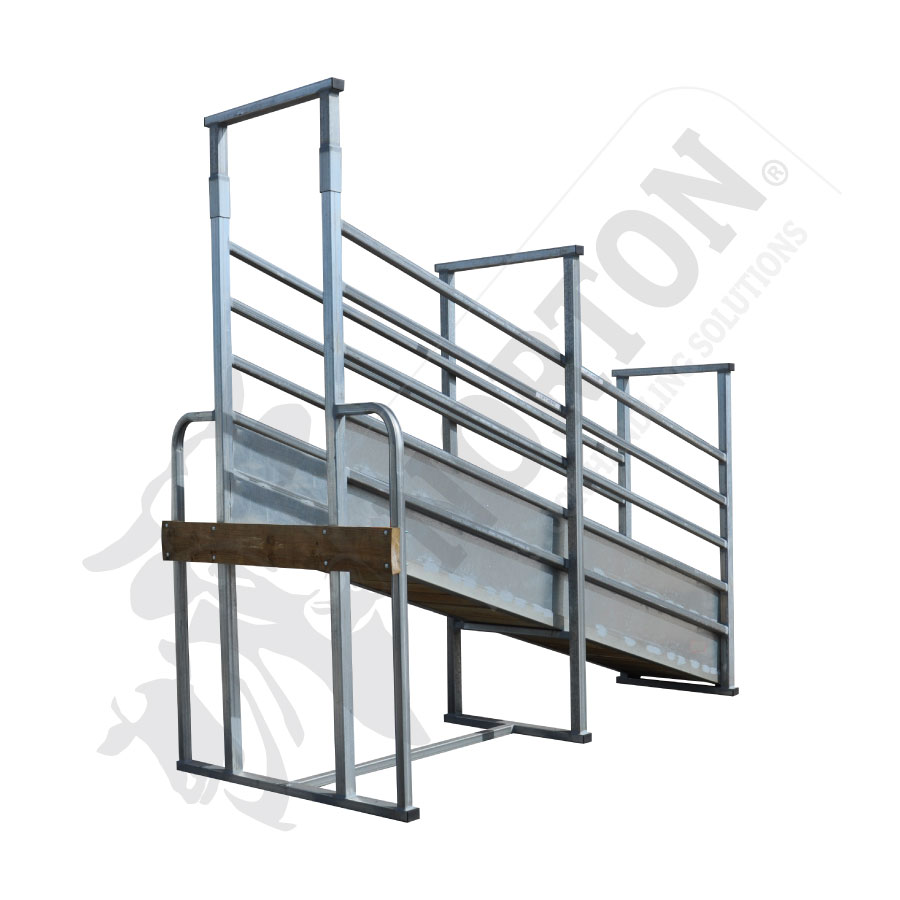 standard-cattle-loading-ramp