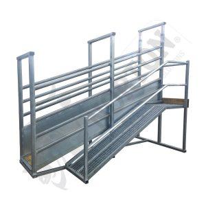 cattle-loading-ramp-option-safety-walk-way